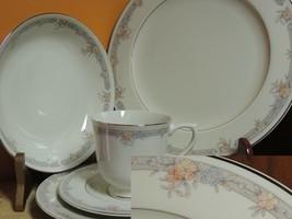 Sango Regency Collection china Monroe pattern 44 Pc Set 7+ Place Setting... - $103.49
