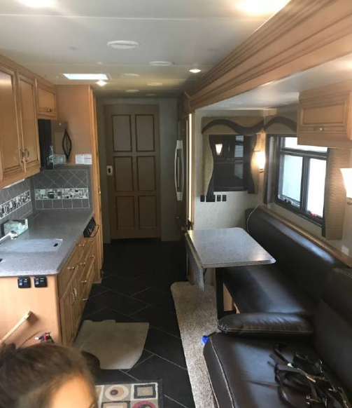 2015 Newmar CANYON STAR 3911 For Sale In Colorado Springs, CO 80924