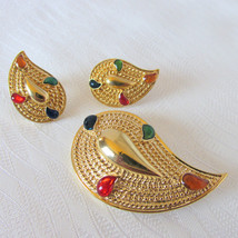 1986 Vintage Avon Paisley Colors Pin & Earrings Post Set Enamel Gold Pla... - $16.20