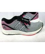 New Balance Womens W890KM6 Running Shoes  Size 9.5  - Gray/Pink Excellen... - $37.36