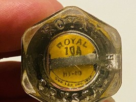 (NOS) Vintage Royal Crystal Glass Top 10 Amp HT-60 Fuse - $5.00