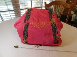 Victoria's Secret Pink Palm Tropical Tote Packable Foldable Beach vacation NEW - $35.27