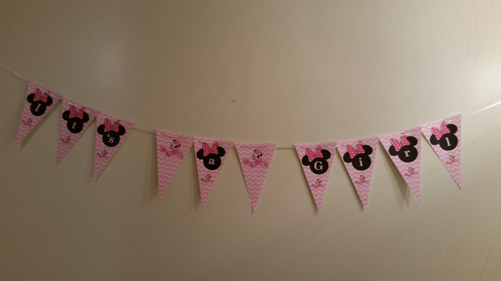 Minnie Mouse baby shower supplies set of 12