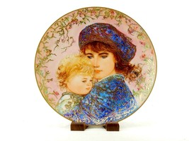 "1987 Mother's Day Plate, Edna Hibel's ""Catherine and Heather"", Knowles, ... - $12.69"
