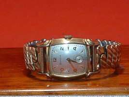 Pre-Owned Vintage Men's Bulova Gold Filled Hand Wind Watch - $177.21