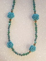 NWT BLUE CARVED ROSE AUSTRIAN QUALITY SHINE  BEADED  ACCENT NECKLACE SALE - $9.89