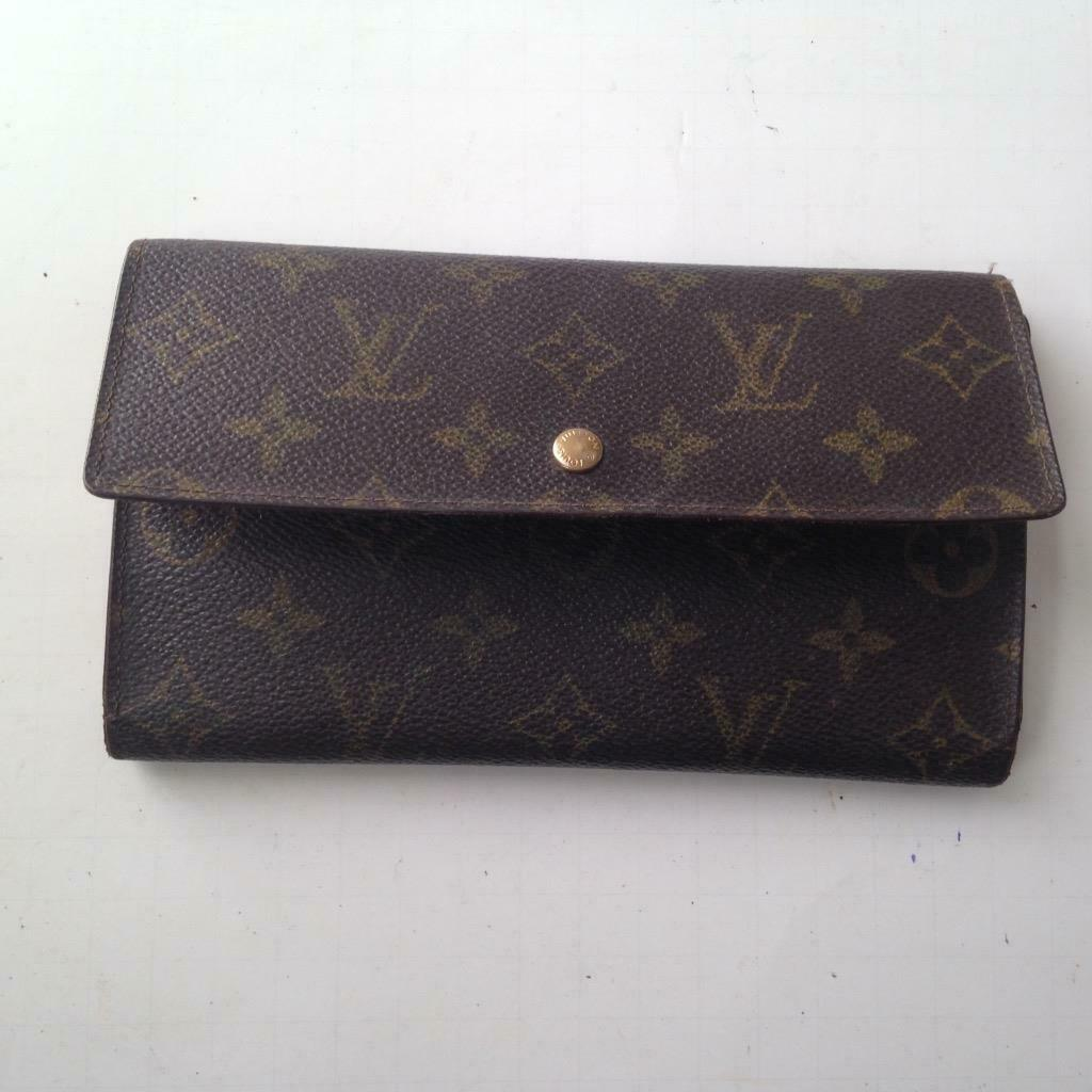 Primary image for Louis Vuitton Brown Mono Sarah,Tri-Fold Long Wallet 7.5inx4in (MI0922)