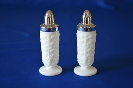 Westmoreland Glass Paneled Grape 1881 Salt & Pepper Shakers - $9.90