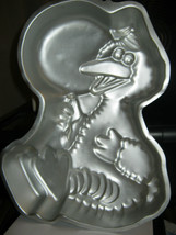 Wilton Big Bird With Balloon Cake Pan (502-3401) - $14.14