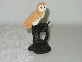Bowbrook Studios Figurine Barn Owl on Horse Collar Post Vintage Resin En... - $39.59