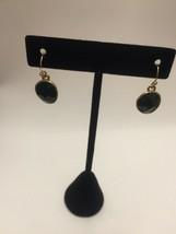 Round drop earrings in emerald green - $8.99