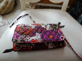 Vera Bradley all wrapped up jewelry roll in Rosewood  NWT - $23.00