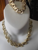 Vintage Signed Lisner Gold-tone Double Leaf Necklace & Bracelet Set - $59.40
