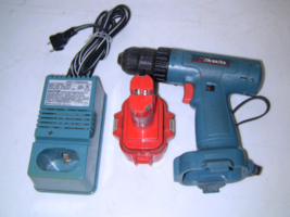 Makita 6222D Cordless Drill Driver 9.6V, Battery 9120, Charger DC9710A - $58.00