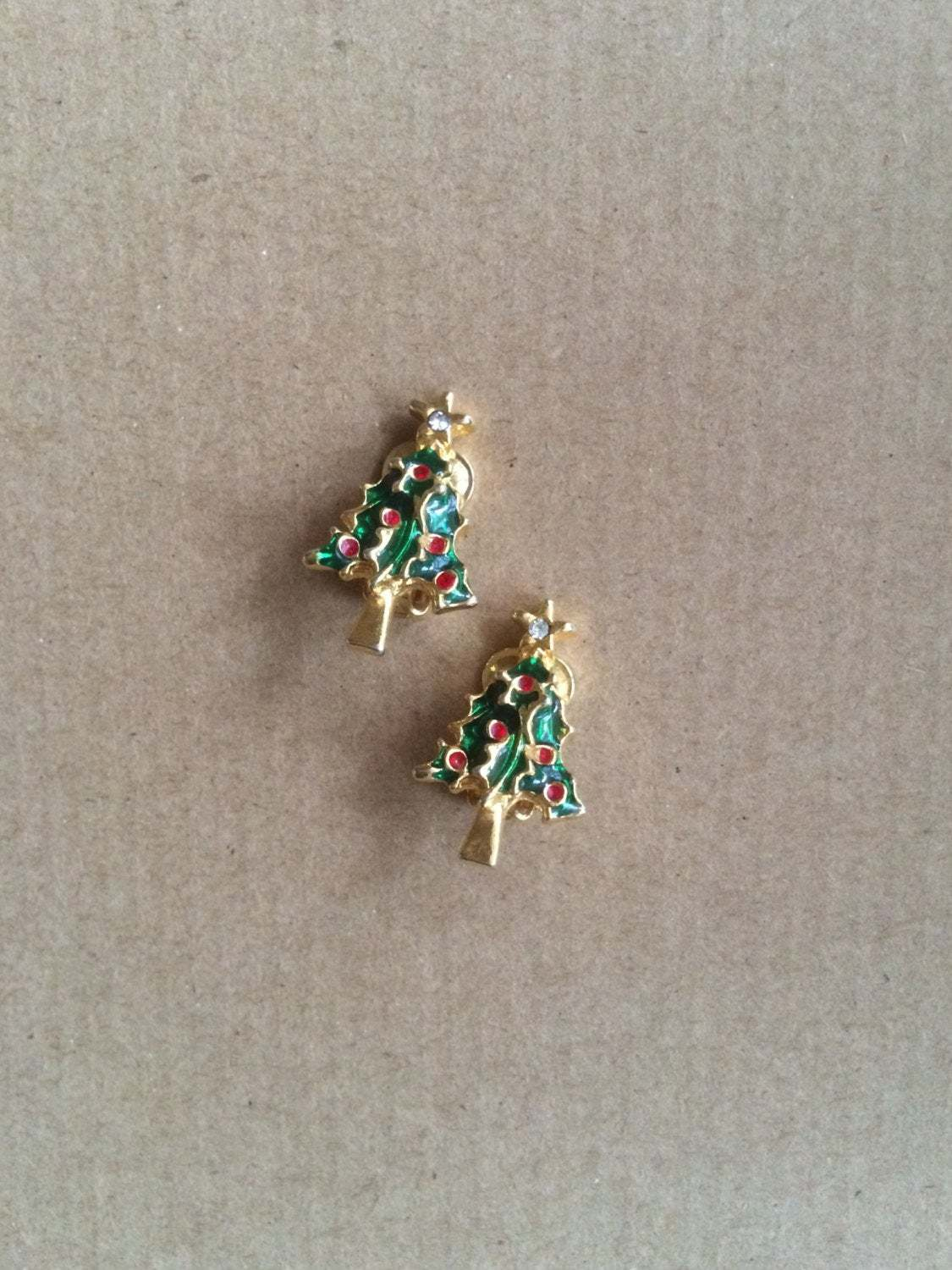 Vintage Gold Tone Green & Red Enamel and Crystal Rhinestone Star Christmas Tree