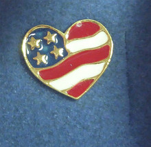 2001 Avon Canada Heart Shaped USA Flag Decorated Lapel Hat Pin In Origin... - $14.99