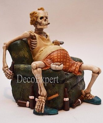 skeleton figurine maniac tv skeleton watching television Great Gift * Free shipp
