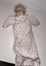 Vintage Ashton-Drake Yolanda Bello Sleeping Baby Limited Edition 1992 - $29.70