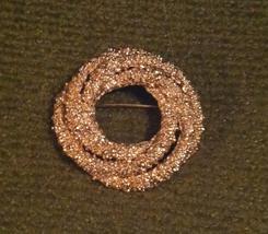 Vintage Napier brooch pin gold tone wreath circles design nugget finish - $5.00