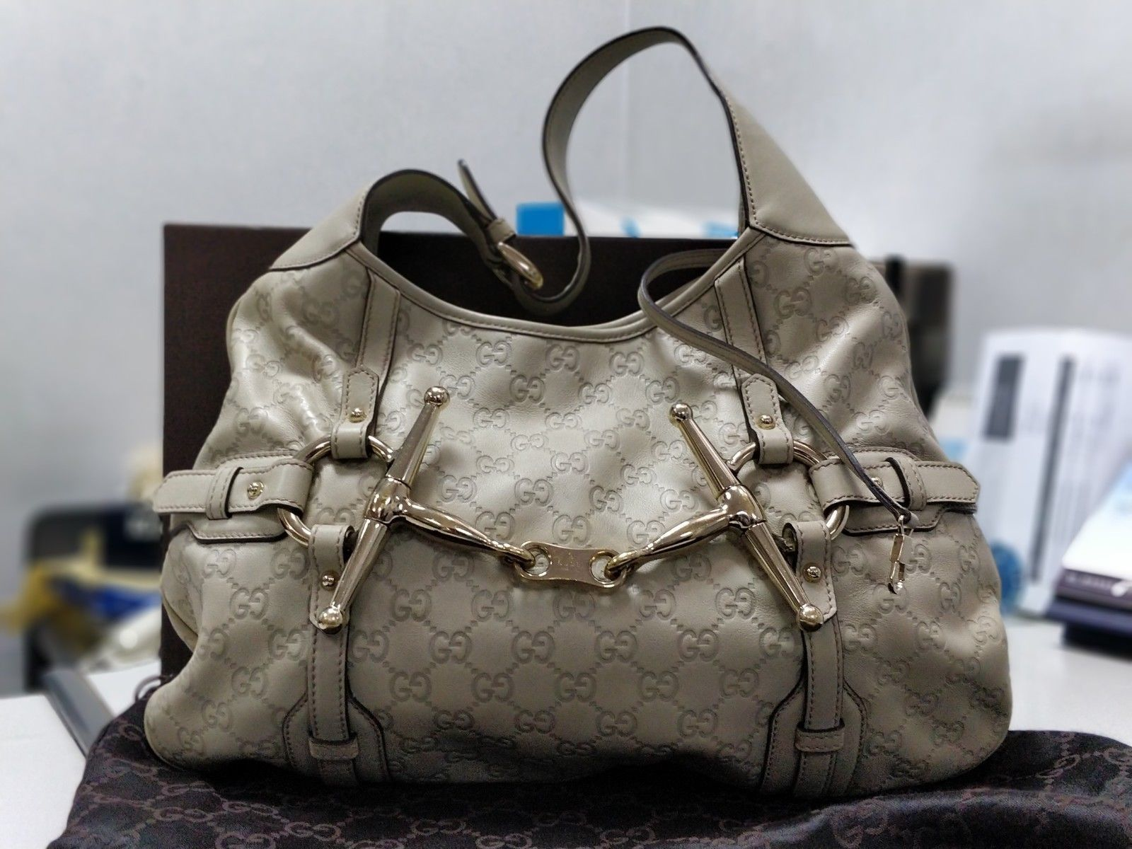 5892961fb84 Auth Gucci Limited Edition 85th Anniversary and 50 similar items. 57