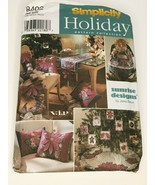 Simplicity Sewing Pattern 8402 Christmas Tree Skirt Ornaments Table Runn... - $5.40