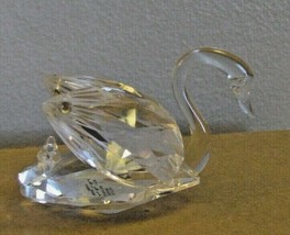Danbury Mint Glass Swan Made in Germany by Noblesse Crystal Art  - $20.78