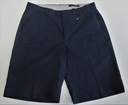 Greg Norman Men's Ultimate Travel Shorts-Size: 32W Navy - $22.65