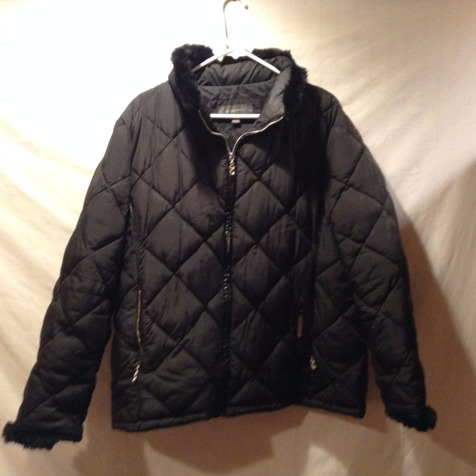 Liz Claiborne Black Winter Coat w Genuine Fur Trim Sz XL