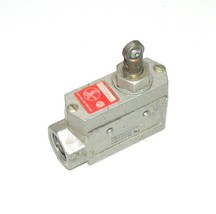 Burgess C6CTQRMS Roller Plunger Limit Switch 15 Amp 250 Vac - $29.99