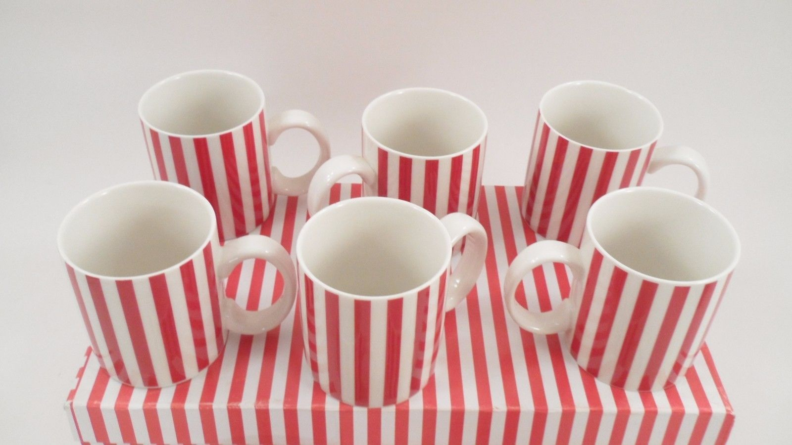 8 Temptations by Tara Candy Cane Red & White Stripe Christmas Holiday Mugs Cups