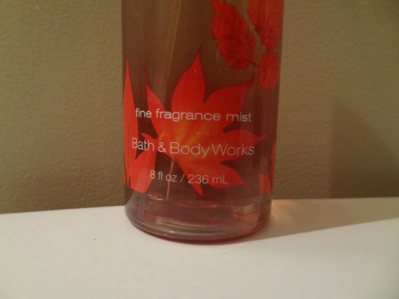 BATH & BODY WORKS PUMPKIN LATTE & MARSHMALLOW 8 OUNCE FINE FRAGRANCE MIST  95%