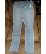 Size 11 Super High Rise Bullhead Women's Jeans - $14.85