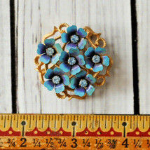 vintage Avon blue rhinestone flower brooch pin floral gold - $9.89