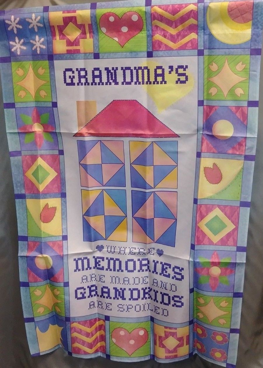 "Grandma's Quilt Flag 29x43"" Decorative Flag Banner NIP"