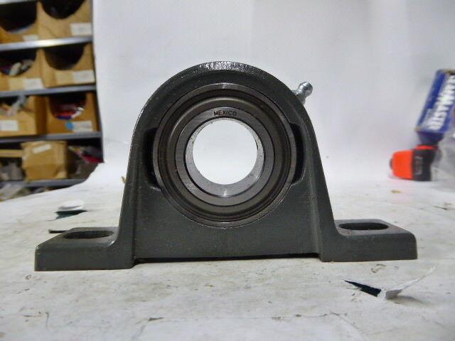 Sealmaster LP20R, 701295 Pillow Block Ball Bearing Unit Two Bolt Base New