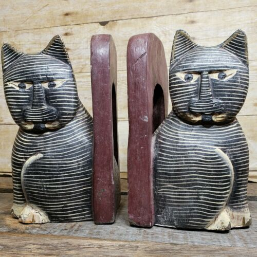 Vintage Hand Carved Painted Kitty Cat Wood Bookends Wooden Carving Feline Decor