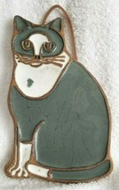 Victoria Littlejohn Ceramics Gray & White Cat Trivet Wall Hanging Terrac... - $16.95