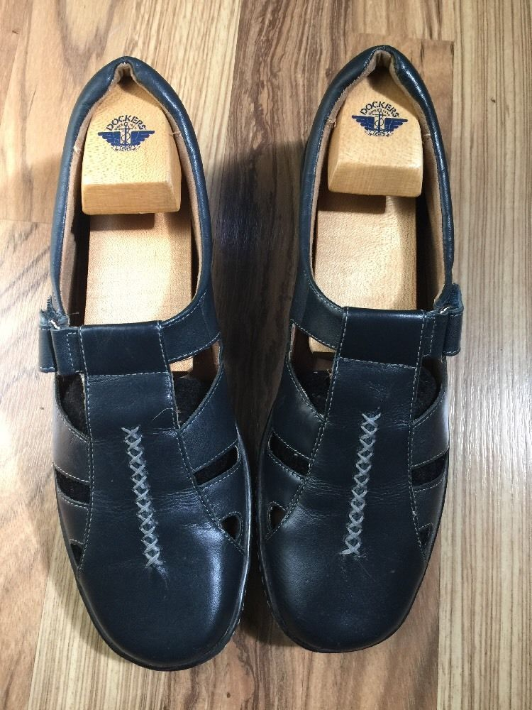 842efed081a3d Naturalizer Navy Strappy Velcro Sandals and 50 similar items
