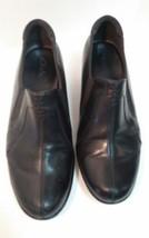 Clarks Women's Black Leather Pump Loafer  Block Heels Slip On Size 8.5 M  - $14.50
