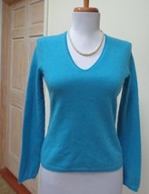 DKNY (Donna Karan New York) Aqua Blue 100% Cashmere V-Neck Sweater Size ... - $34.64