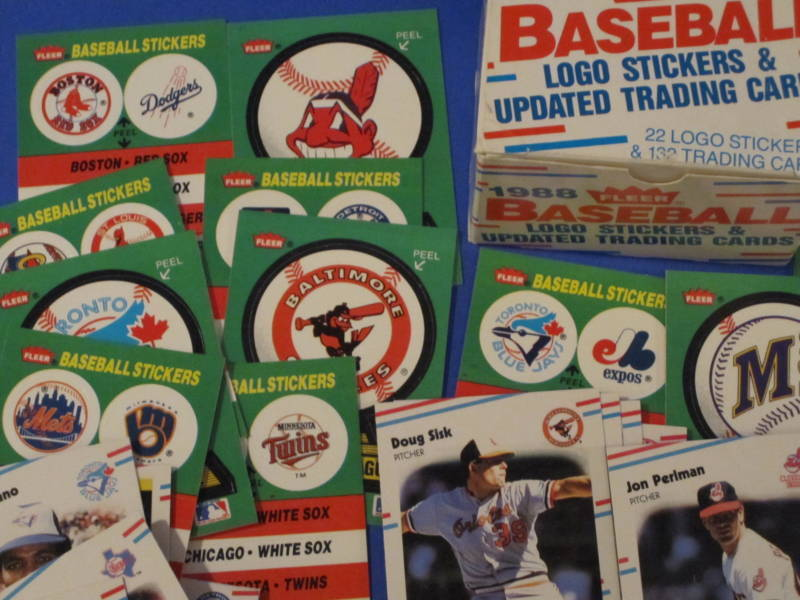 1988 Fleer Baseball 22 Logo Stickers & 132 Trading Cards image 2