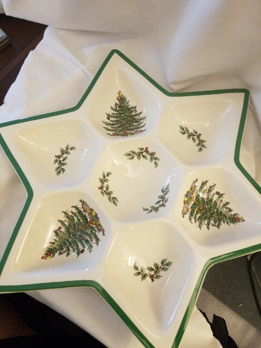 Primary image for Spode Christmas Tree Star Shaped Hors d'Oeuvre Tray Armando Poggi 7 sections
