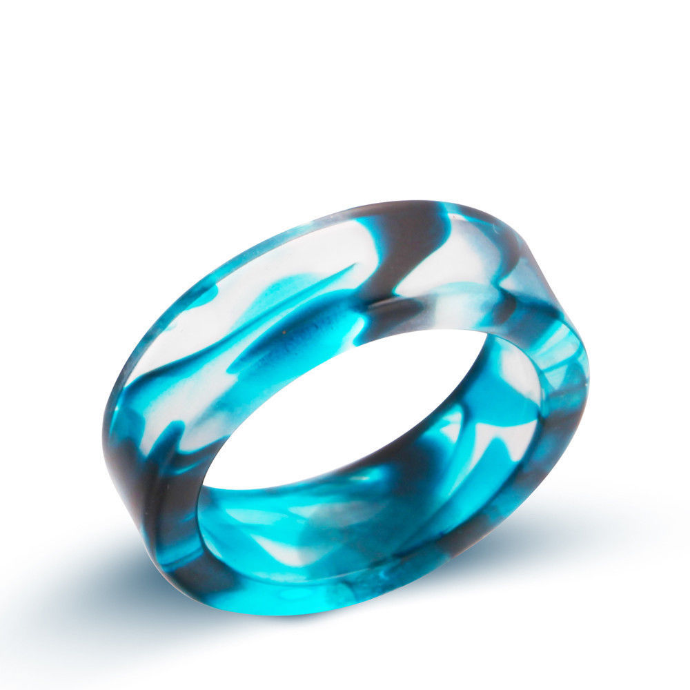 NEW Unique Transparent Blue Swirl Size 7 Resin Ring