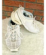 Nike Air Training Size 7.5 White Blue Lace Up Tennis Shoes Swoosh Trainers - $19.80