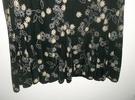 Dressbarn PXL Elastic Waist Skirt Black Background White & Tan Floral Pattern image 2