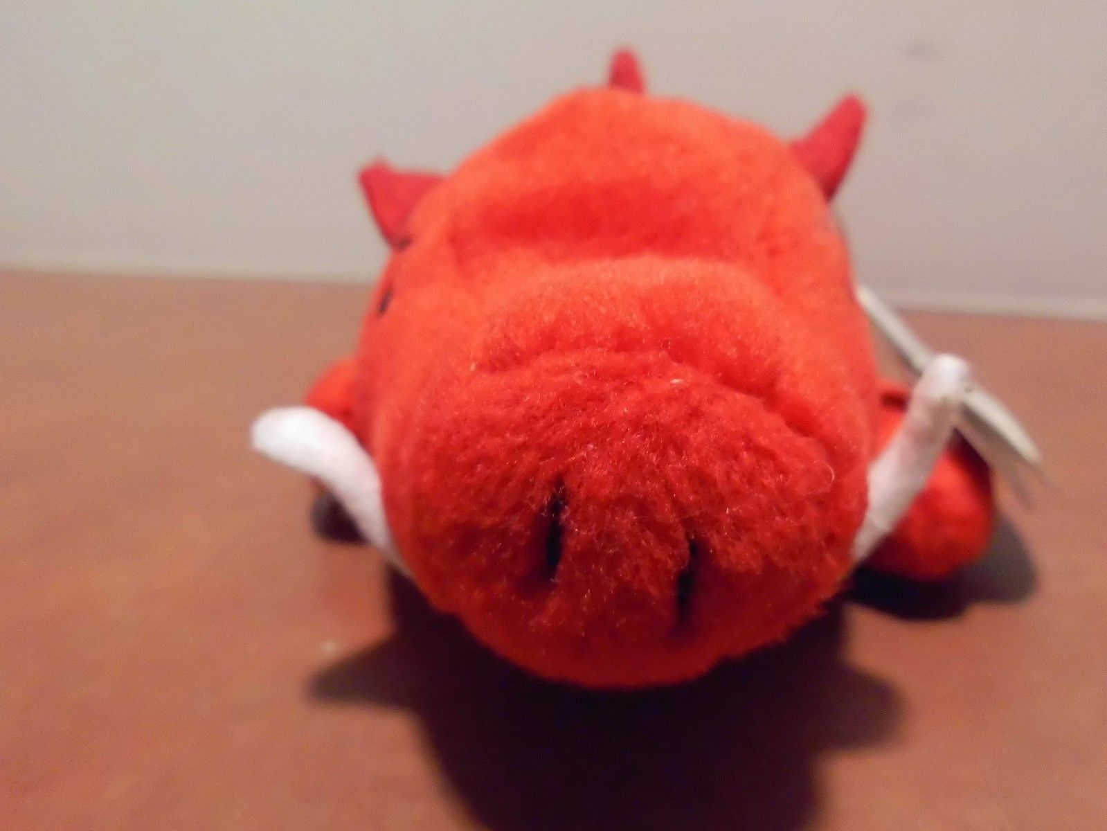Ty Beanie Babies Red Grunt the Boar, no star,no stamp,PVC,swing tag error