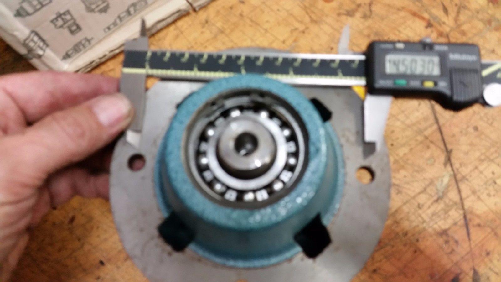 DAVID BROWN SWIFT KIT INLINE HOUSING KIT M03/04 M0320-Y 10MM F TO 5/8 MALE SHAFT