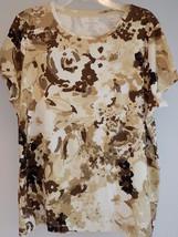 Women's Classic T Shirt St John's Bay Brown & Wht Floral Petite Lg 100% Cotton - $9.89