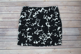 Forever 21 XXI Black & White Mini Skirt w Pockets Sz Small - $9.49