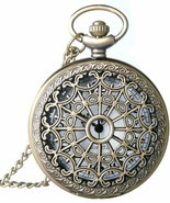 Classic Smooth and Spider Web Hollow Vintage Quartz Pocket Watch, Arabic - €20,83 EUR